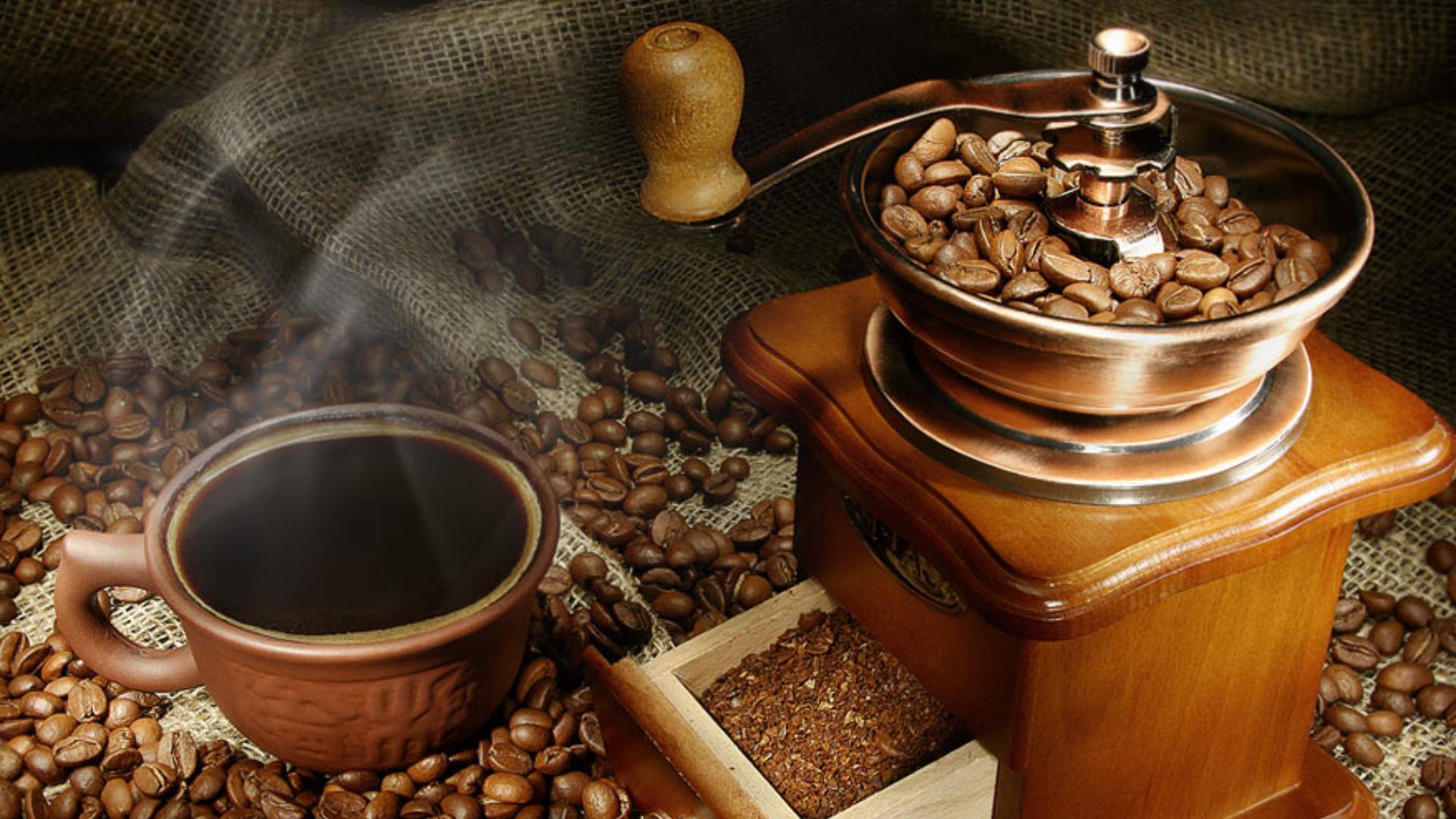 نمایشگاه تخصصی قهوه، نوشیدین ها، نان، شیرینی و شکلات اصفهان